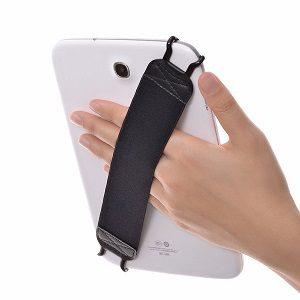 タブレットの落下防止にはゴムバンドがオススメ!片手操作も可能に!